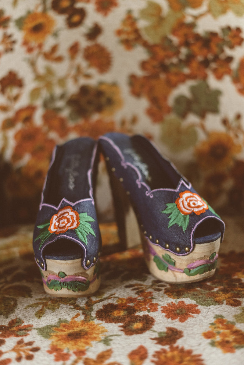 GEORGIES GIRL - PLATFORM CLOGS