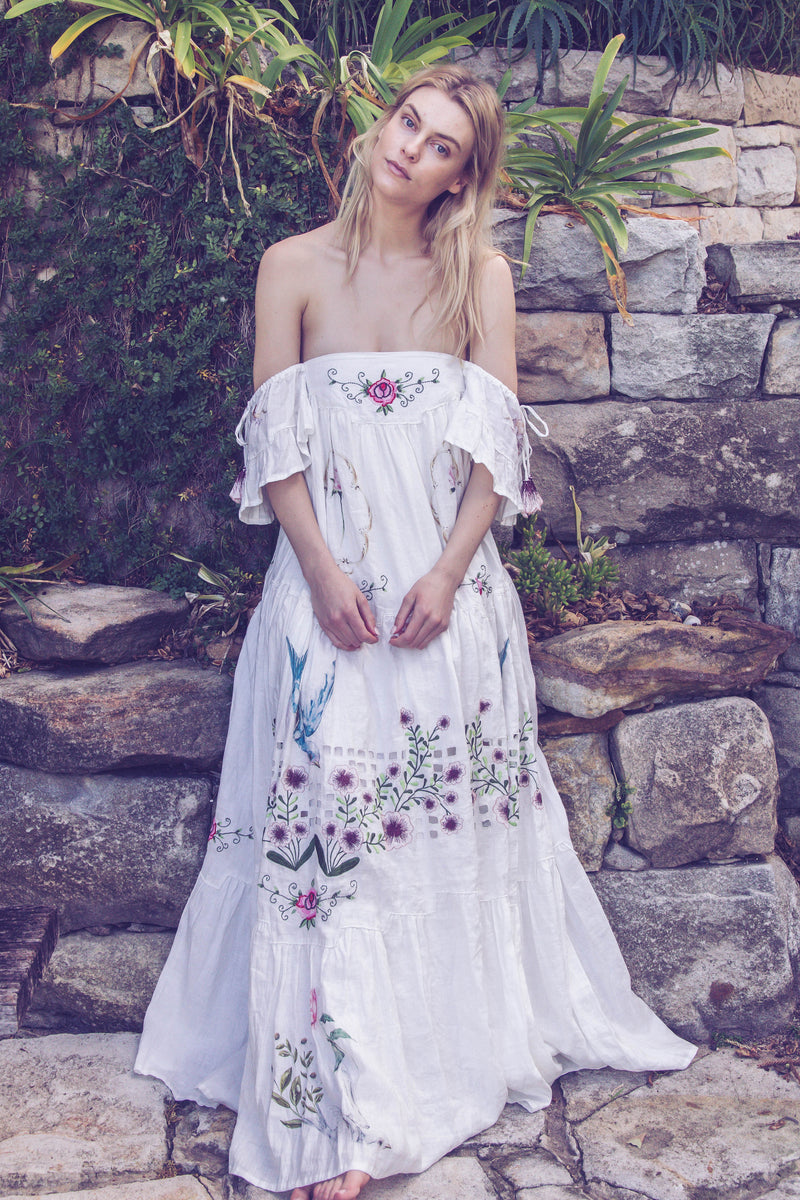 Fillyboo - Garden Party - Embroidered maxi dress
