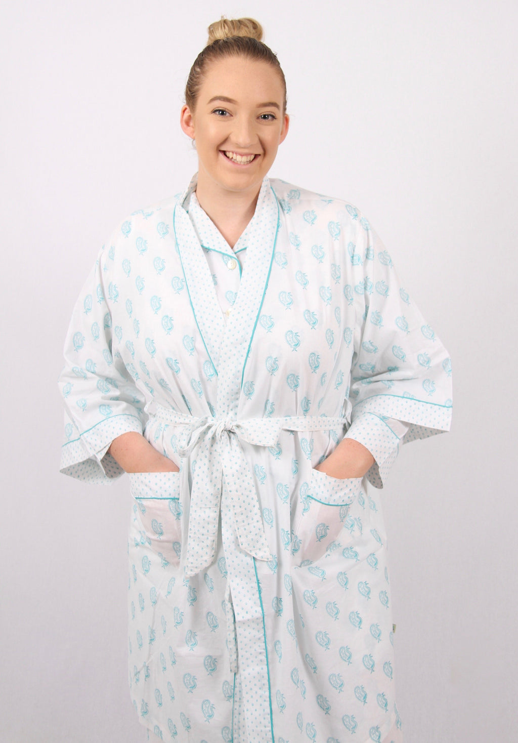Chandrakin dressing gown / bath robe / brunch coat