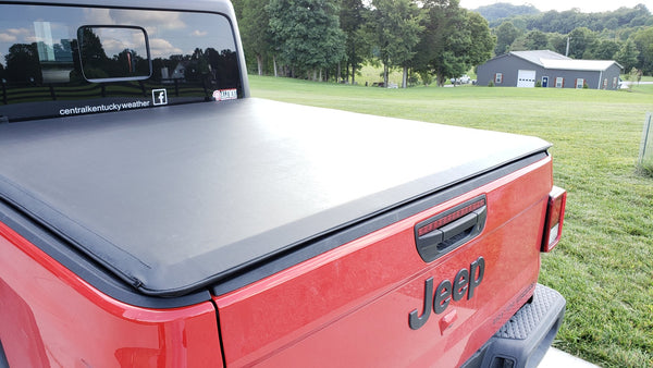 Soft rolling tonneau cover on a Gladiator