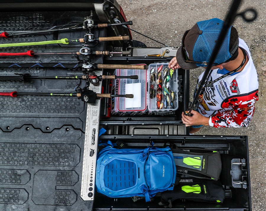 Organized fishing tackle box