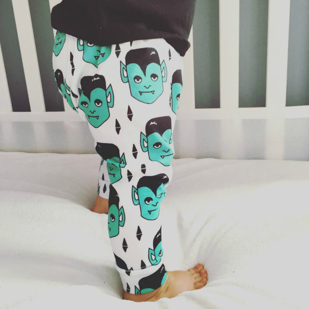 Dracula Print Leggings