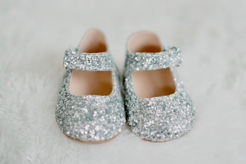 Tinsel Silver Merry and Bright Flats