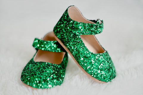 Mistletoe Green Merry and Bright Flats