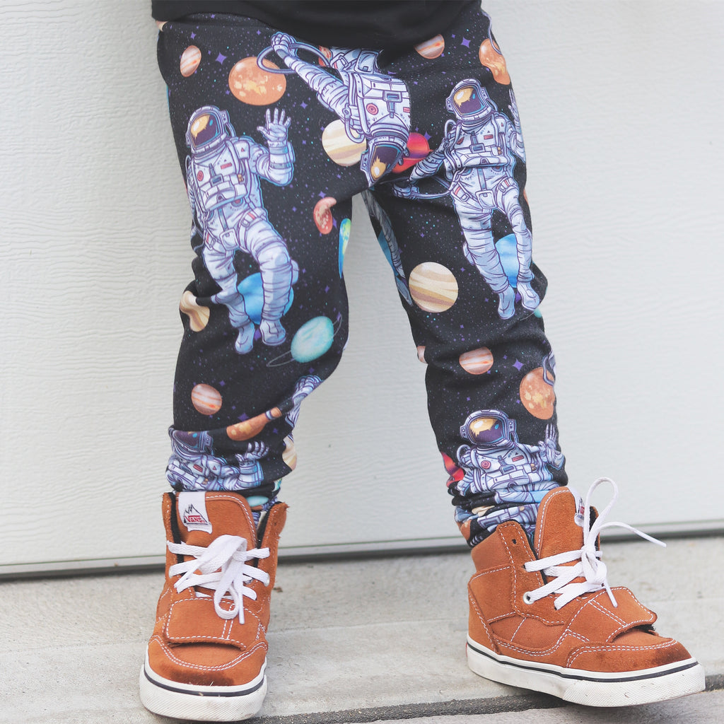Astronaut Outer Space Planet Leggings