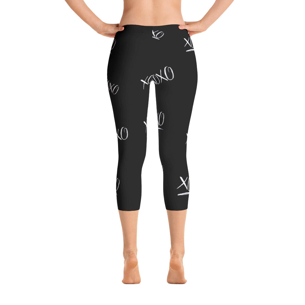 XOXO Valentine Capri Leggings