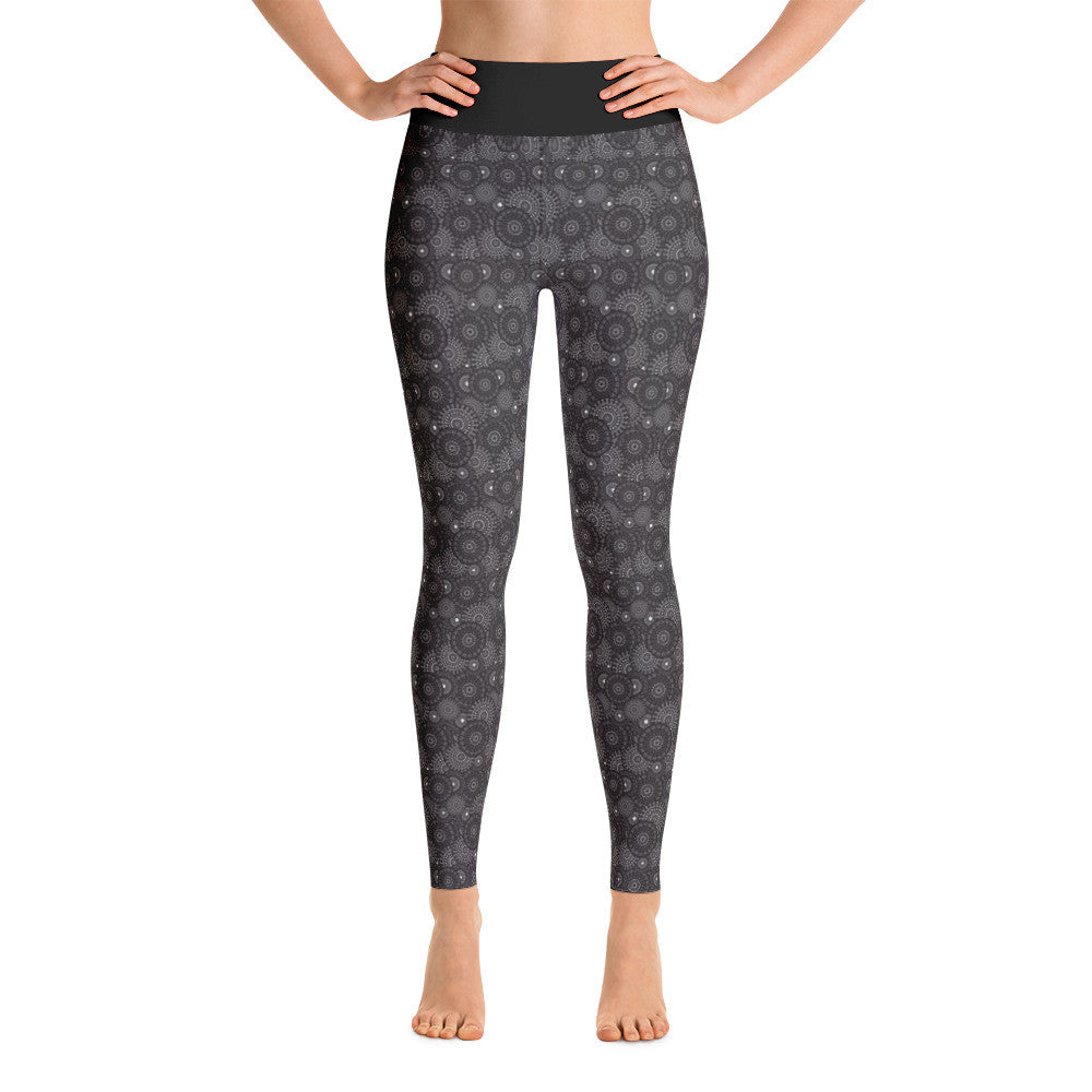 Black Medallion Yoga Leggings