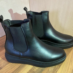 Boots Black Chunky Sole