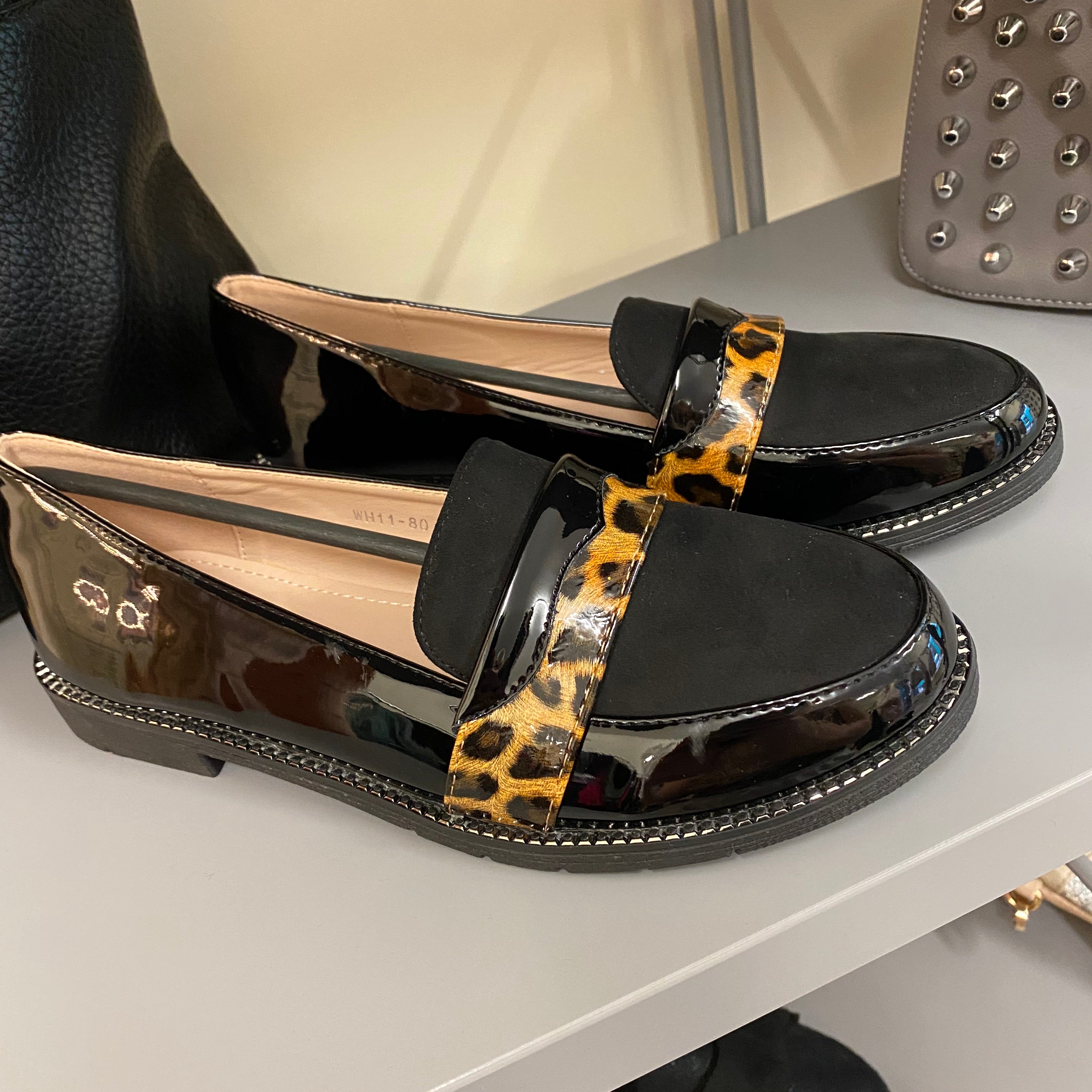 Shoe Black Tortoise Shell Flats