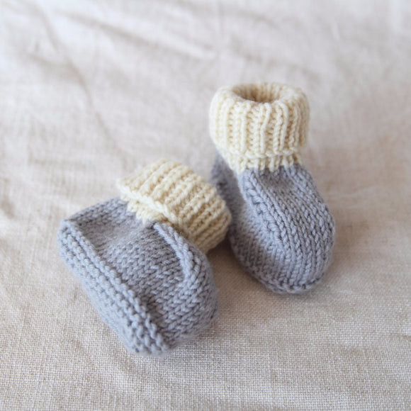 Blue Grey and Cream Vintage Knitted Booties