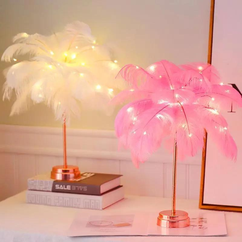 Andrea Feather Table Lamp