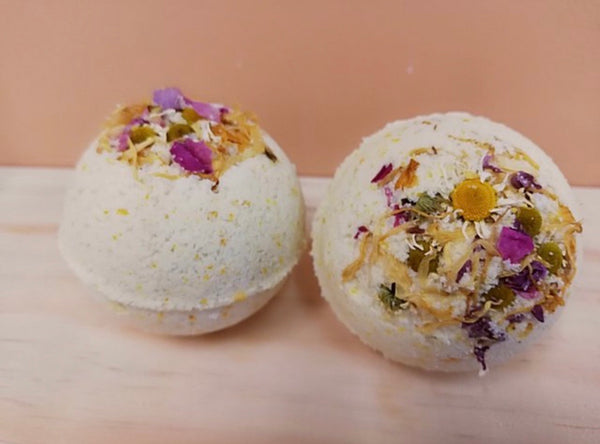Cleanse + Revalitise botanical bath bomb