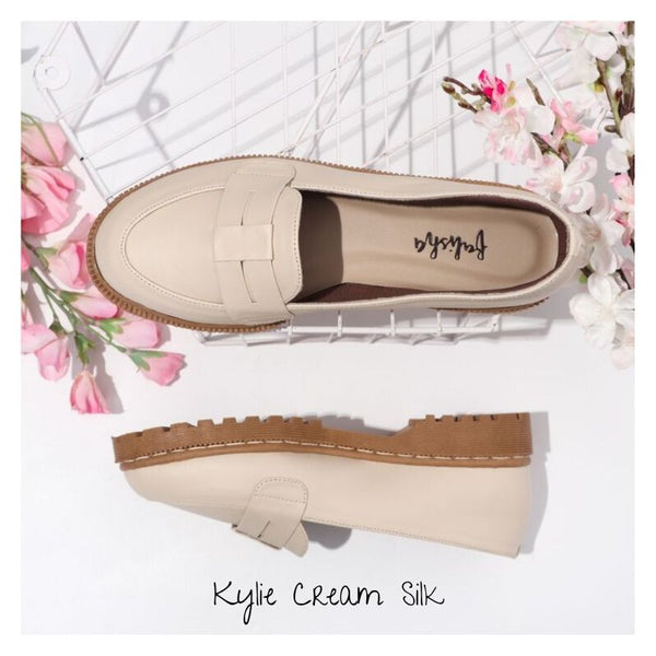 Kylie Cream Silk