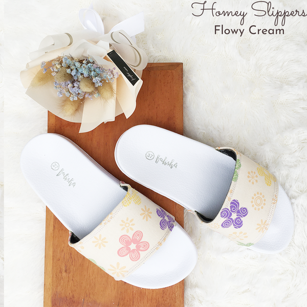 Homey Slippers - Flowy Cream