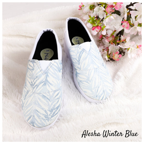 Alesha Winter Blue