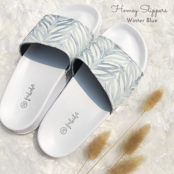 Homey Slippers - Winter Blue