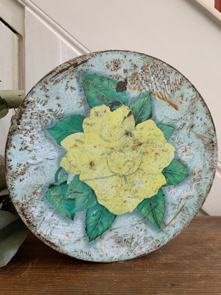Huntley and Palmers Floral Tin