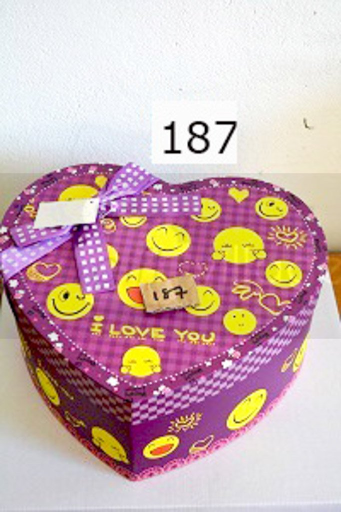 Gift Box: Smiley purple Three-piece set Heart shape- 187Purple