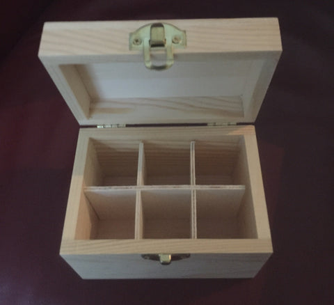 Wooden essential oil box - Harriet Herbery