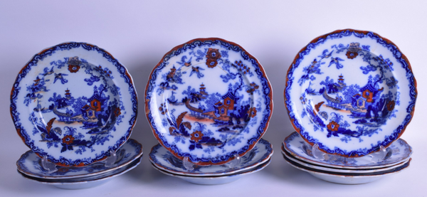 A SET OF TEN MID 19TH CENTURY ENGLISH IRONSTONE BOWLS,COUNTRY HOMES ANTIQUES