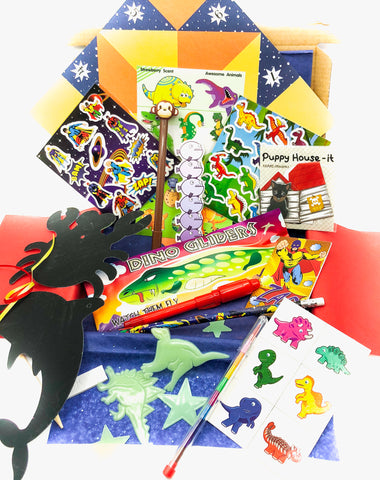 boys boy activity fun happy box crayons glider pen stickers tattoos scratch art memo spy magic pen glow in the dark dinosaur superhero uk bundles