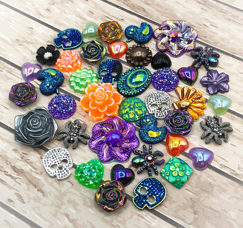 halloween large fb flatback embellishment bundle of 40 orange green purple and black resin acrylic flat backs uk cute kawaii craft supplies spider skull