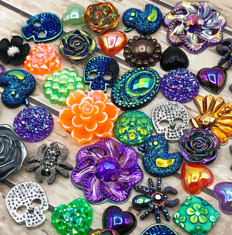 halloween fbs flatback embellishment embellishments orange green purple and black resin acrylic flat backs uk cute kawaii craft supplies spider duck skull skulls spiders flower glitter
