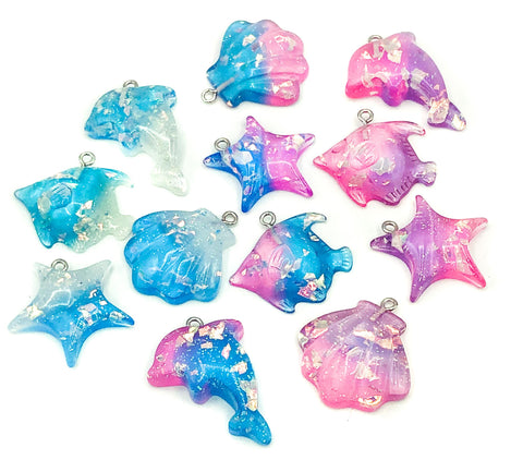 glitter resin ocean sea creatures charm charms pendant pendants dolphin fish shell shells starfish uk cute kawaii craft supplies