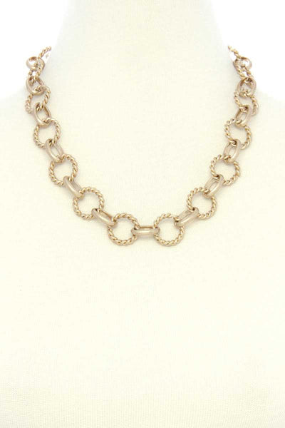Twisted Circle Link Necklace