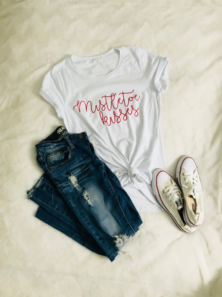 Mistletoe kisses tee