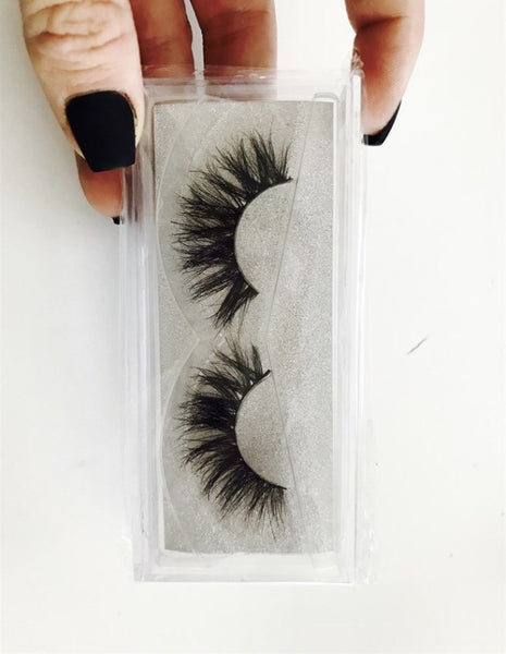 Thick false lashes