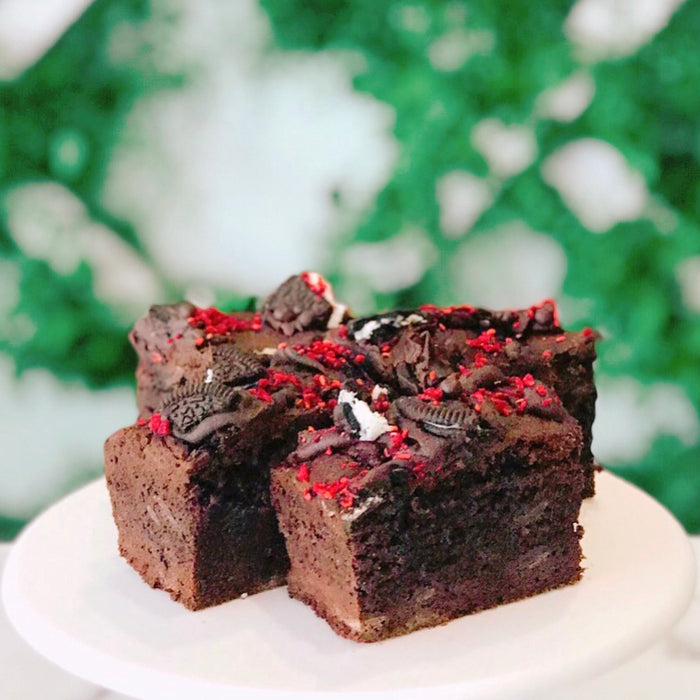 Chocolate Oreo Raspberry Brownies (6pk)