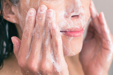 How Does a BHA Exfoliant Work?