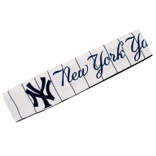 Load image into Gallery viewer, New York Yankees FanBand