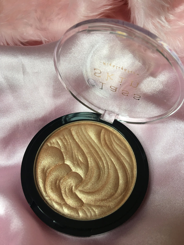 Glass Skin: Cava Highlighter - Rivehr Cosmetics