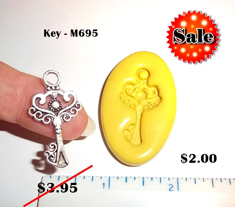 M695 - Decorative Key