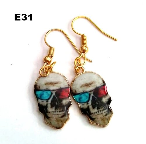 E31 - Skull Earrings