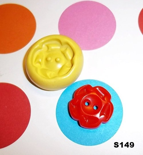 S149 - Sewing Button