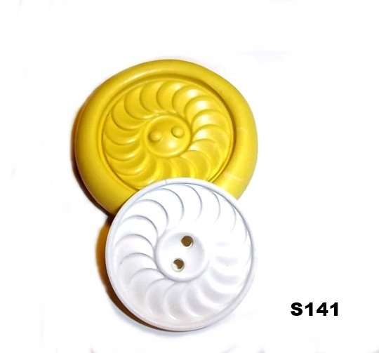 S141 - Sewing Button