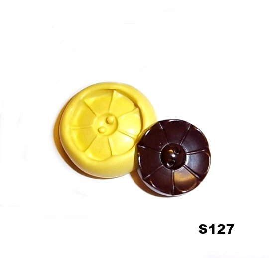 S127 - Sewing Button