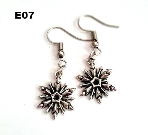 E07 - Snowflake Earrings