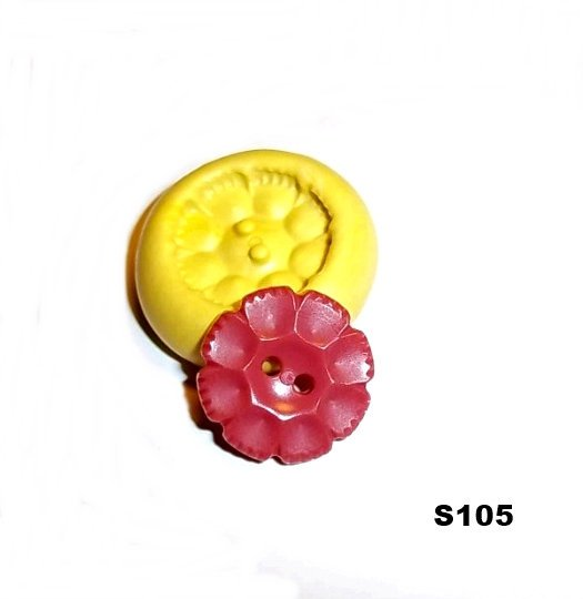S105 - Sewing Button