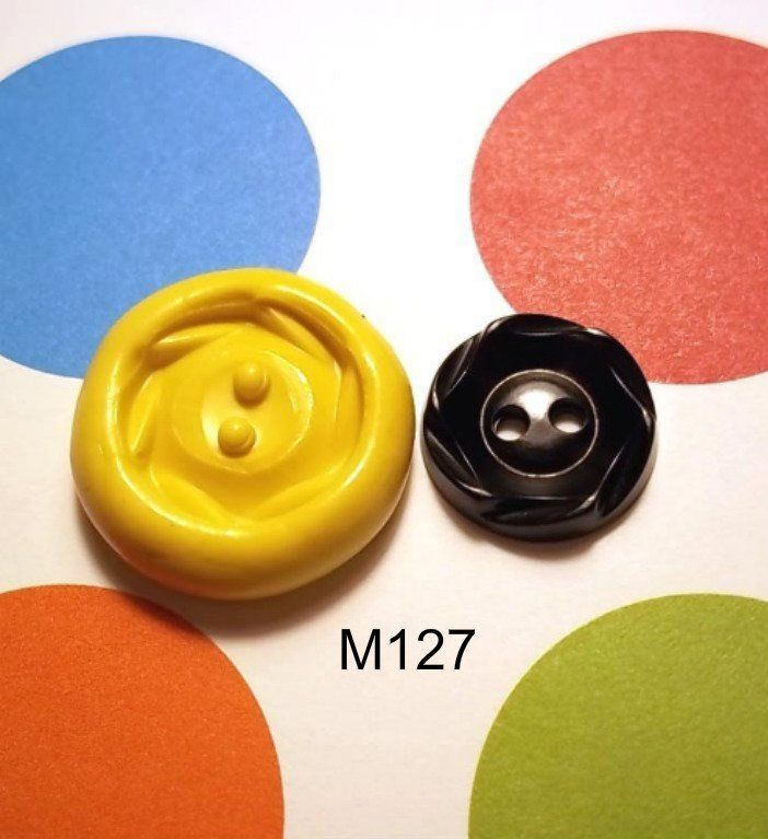 M127 - Sewing Button