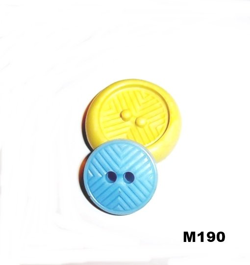 M190 - Sewing Button