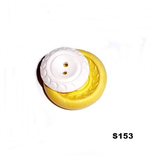 S153 - Sewing Button