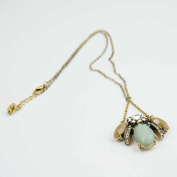 Vintage look bee pendant