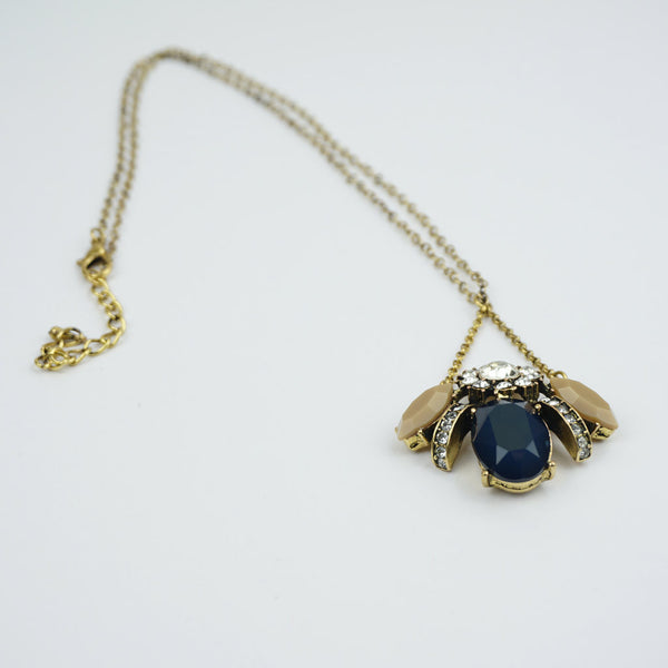 Glass stone vintage look bee necklace