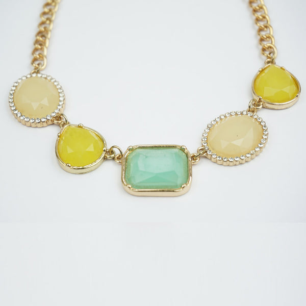 Resin gold and coloured necklace