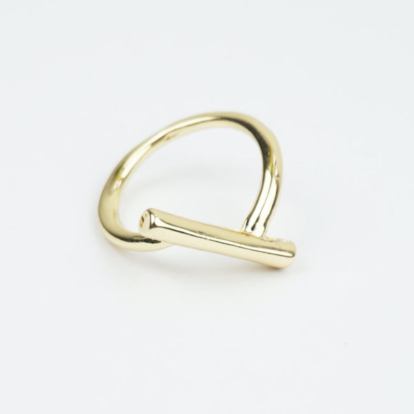 Gold bar twist ring