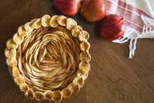 Load image into Gallery viewer, Amelia's Apple Pie